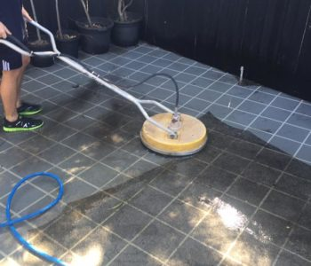 driveway and patio pressure cleaning