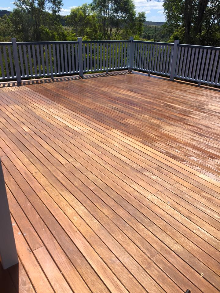 timber deck cleaning and oiling