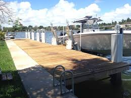 pontoon cleaning